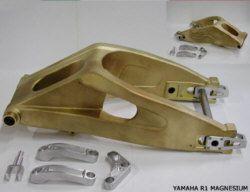Magnesium-Racingschwinge für Yamaha R1