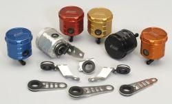 Universal Bremsflüssigkeitsbehälter mit ABE und drehbarem Schlauchanschluss 90°